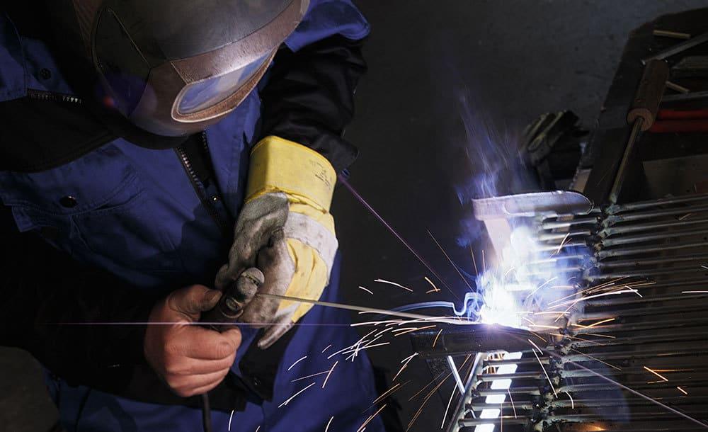 Reparaturarbeiten Metall